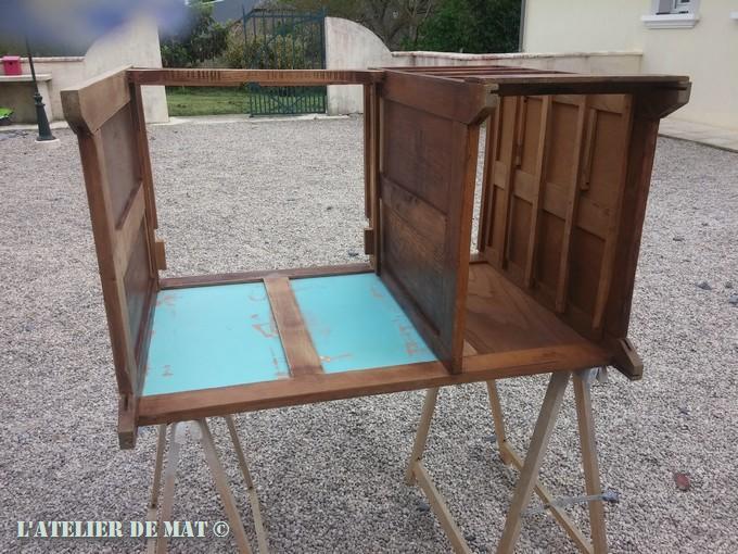 Vieux bureau en bois. comment sublimer son mobilier ikea comment