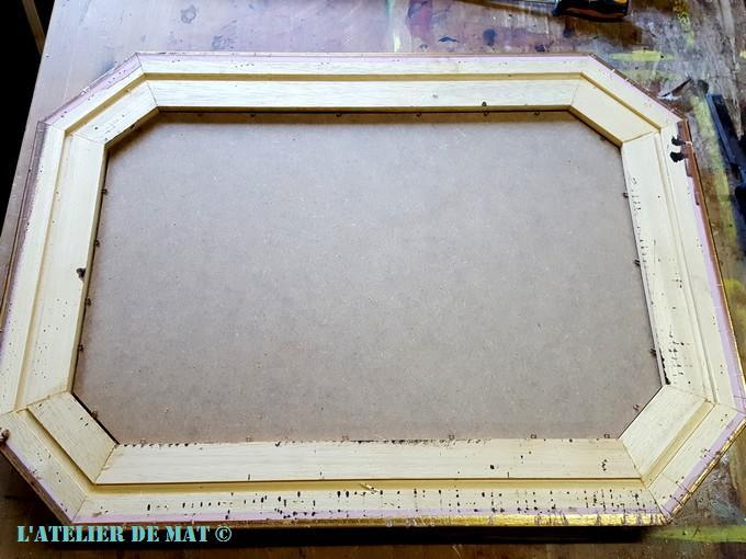 Un miroir dans le style shabby chic l 39 atelier de mat for Miroir sans fond